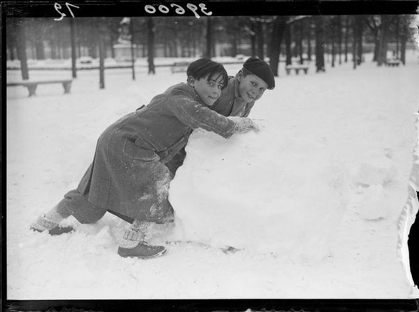 Paris neige février 1941